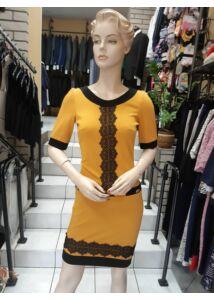 MYSTICDAY fekete csipkével díszített  mustár színű ruha  ruha